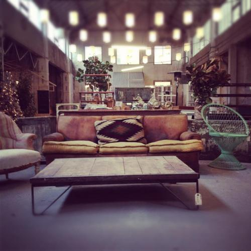 Madrid in Love pop up store muebles industrial y vintage