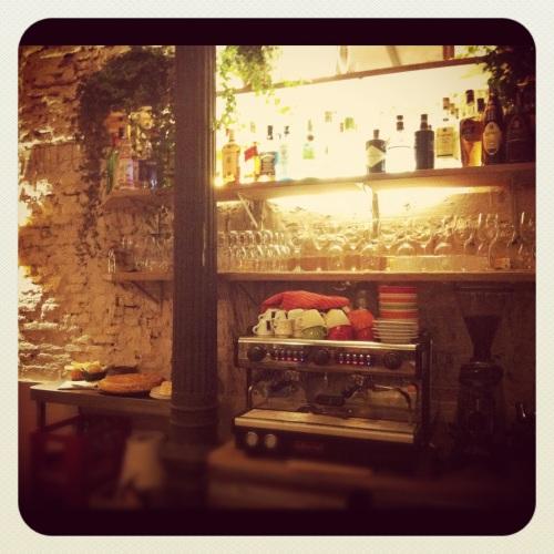 Maricastaña Madrid Triball bar