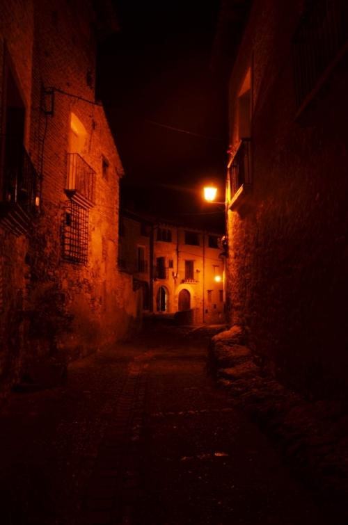 Callejon Alquezar noche