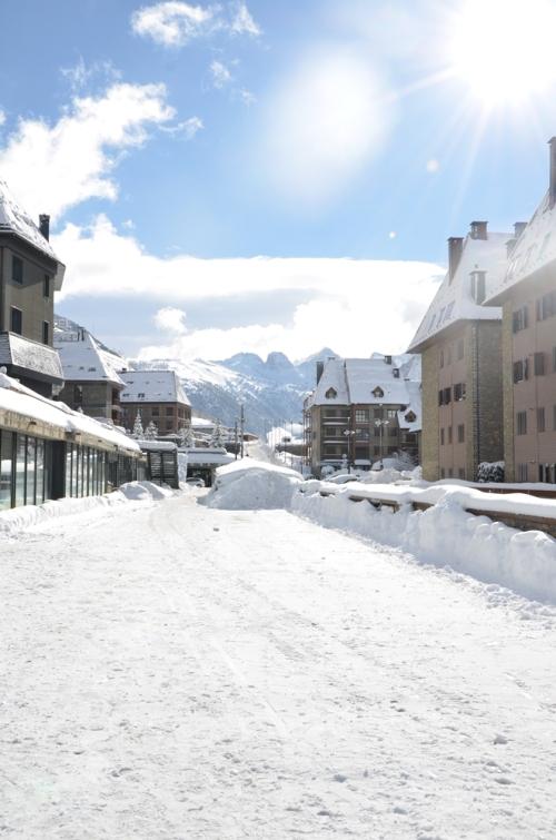 Baqueira zona Val de Neu nevado