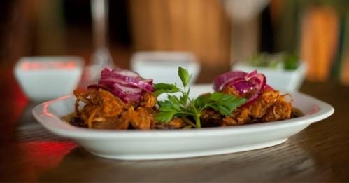 Central Mexicana cochinita pibil