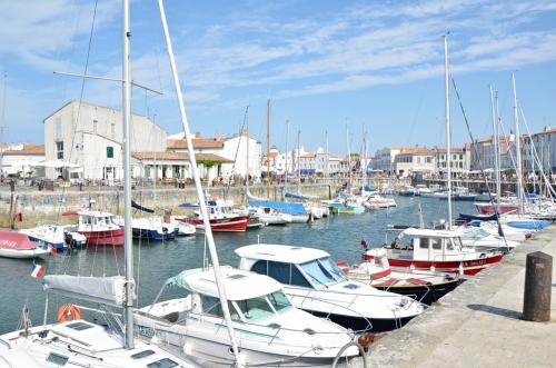 Barcos en el puerto de Saint-Martin-de-Ré