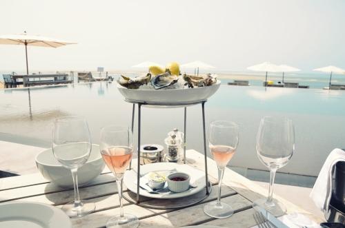 Hotel La Coorniche ostras y champagne