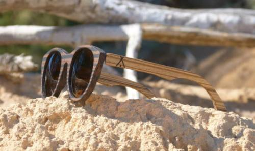 Kamali zebrano-ebano frente roca