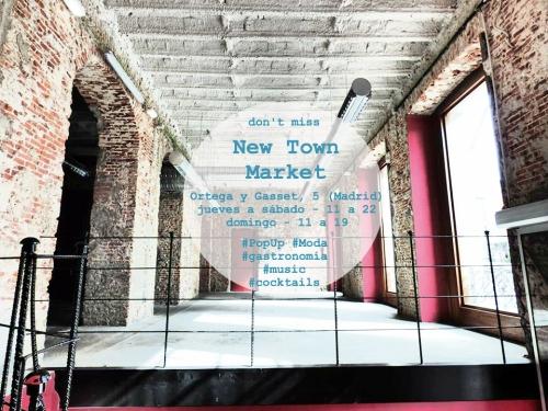 New Town Market El Mercado de la Vida FB 1