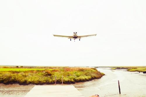 Cabanas no Rio Comporta avión arrozal