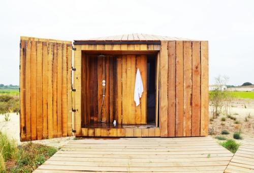 Cabanas no Rio Comporta ducha al aire libre