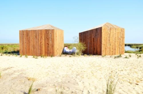 Cabanas no Rio Comporta trasera