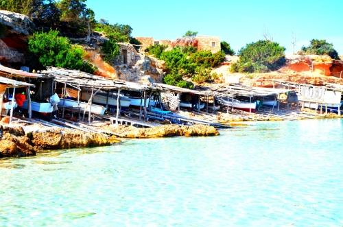 Varaderos en Cala Saona Formentera