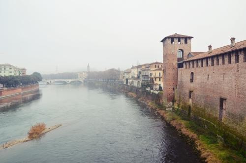 Catillo de Verona 1280px