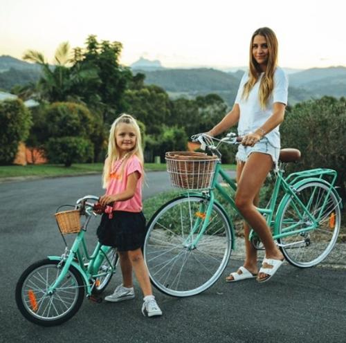 Reid Cycles bicis madre y niña